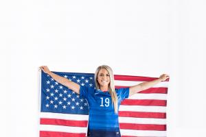 stars and stripes women usa julie johnston american flag