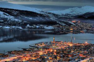 town norway harbor mountains