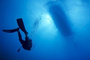 underwater blue divers bubbles