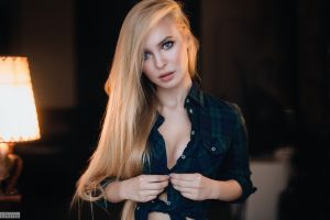 victoria pichkurova women plaid shirt face evgeny freyer portrait blonde blue eyes