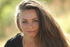 women brunette smiling green eyes long hair