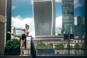 women dimitry roulland balcony ballerina