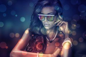 women glasses brunette