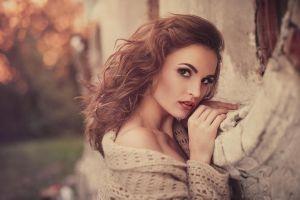 women julia sariy brunette