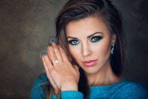 women makeup glamour brunette portrait model blue eyes