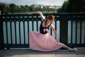 women redhead ballerina