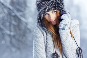 women redhead model mittens