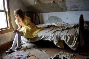 women ruin model bed