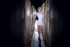 women short hair blonde hallway high heels