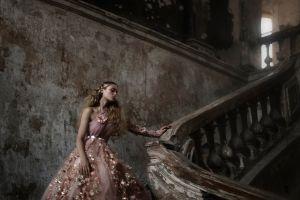 women stairs model