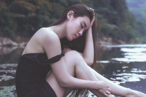 women women outdoors asian