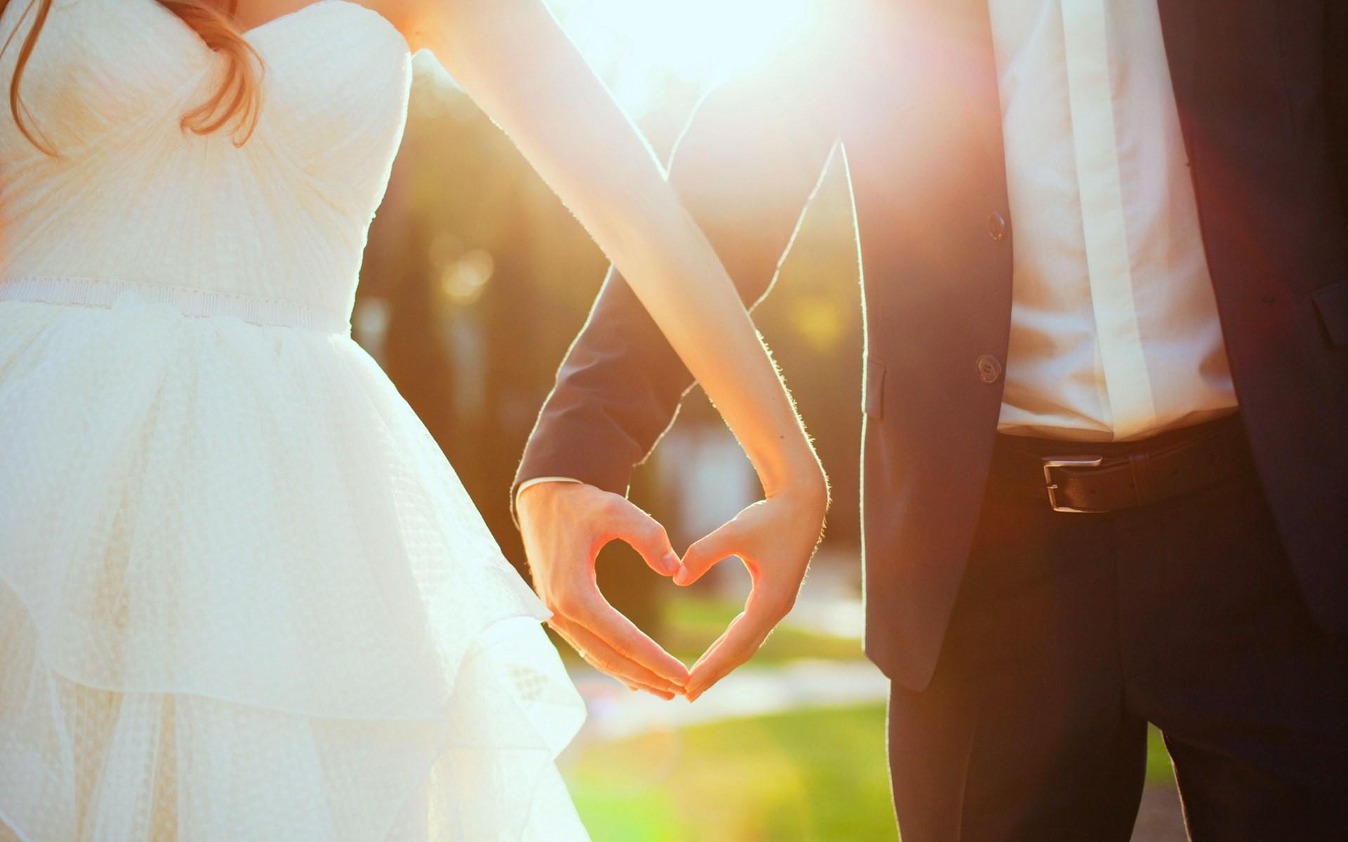 wedding dress couple lovers just married heart